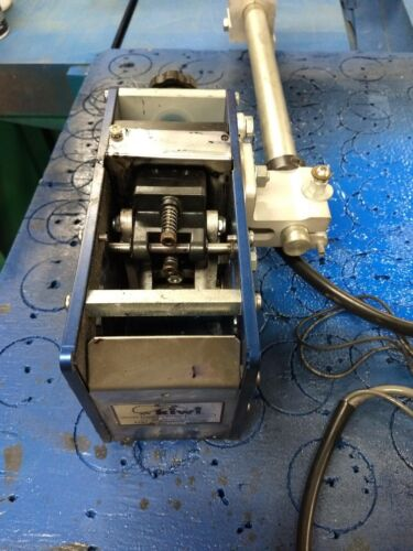 Kiwi Series 1100 Reciprocating Coder