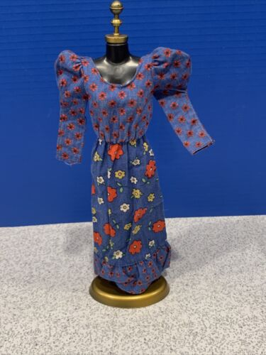 1973 Barbie 3343 Best Buy Blue With Red Flowers Peasant Dress Floral 3  - $12.00
