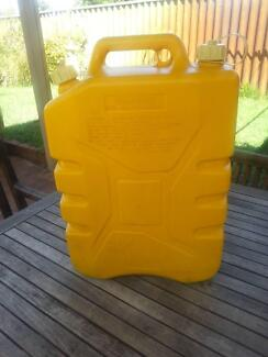 JERRY CAN/FUEL TANK Cloverdale Belmont Area Preview