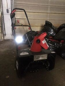 Electric snow blower 100$ obo