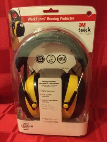 3M tekk Worktunes Hearing Protector