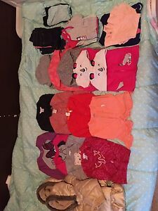 Baby girls clothes mint condition