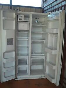 LG double door fridge freeser and ice box maker Meadow Heights Hume Area Preview