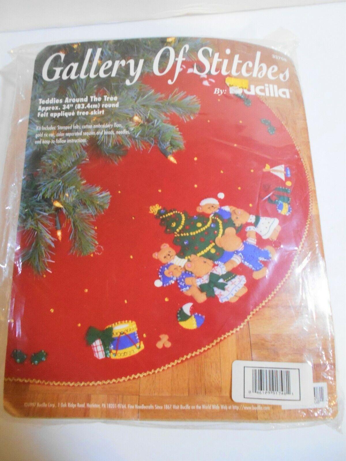 Buccilla Gallery Of Stitches Teddies Around The Tree 34 Skirt Red Felt Sequin - $22.03