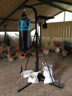 Punching station - punching bags Included Kardinya Melville Area Preview