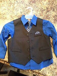 Dockers shirt, vest and tue