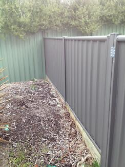 Colourbond fencing and gates-near new Pearce Woden Valley Preview