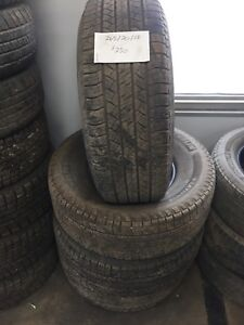 Set of 4, 265/70/15 michelin latitude all season tires