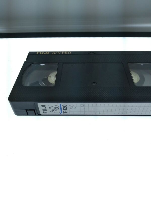 Tv Recorded VHS Tape Sold As Blank. DS9, TNG Bab 5