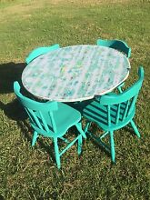 Eccentric yet captivating dining table and 4 chairs hand painted. Mullumbimby Byron Area Preview