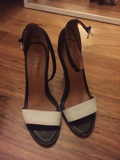 Saba size 39 ankle strap heels