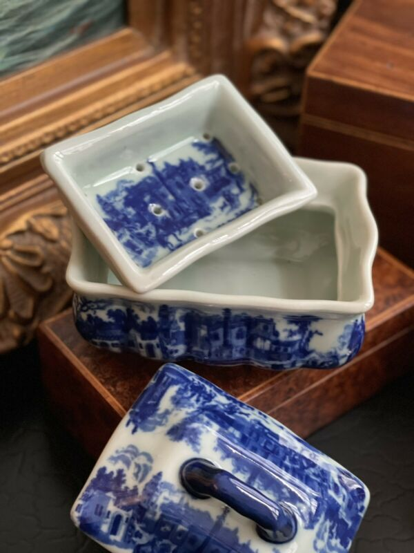 Stunning Rare Blue White Chinoiserie Victoriaware Ironstone Soap Ink Mantle Box