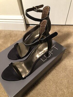 Ann Taylor Loft OE STRAPPY HEEL, Black Size 6.5 Excellent Condition