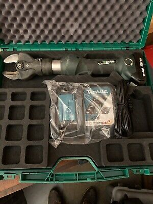 Greenlee Gator Esc35x 18v Battery Cable Cutter. 1900.00 New