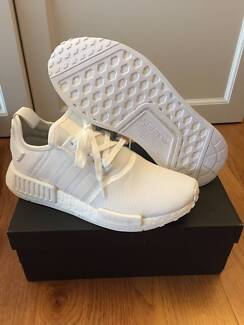 ADIDAS NMD R1 TRIPLE WHITE US 9