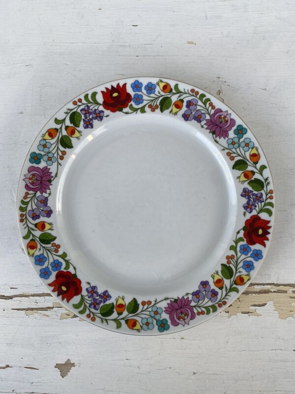 6 Vintage Kalocsa Hungarian Hand Painted Dinner Plates Hungary Floral