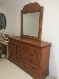 Wooden dresser with romovable mirror