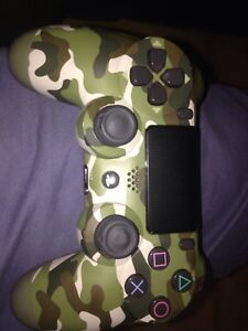 PS4 controller, PICKUP ONLY