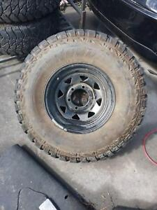 33x12.50R15 SET OF 5 Mud Terrain Tyre Hilux Dandenong South Greater Dandenong Preview