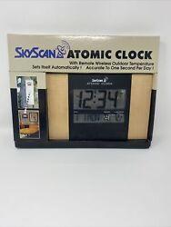 SKYSCAN Atomic Digital Clock w/ Time, Date & Temp. Syncs automatically. NIB!