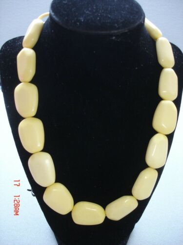 Vintage Faux Bone Necklace Chunky Beads