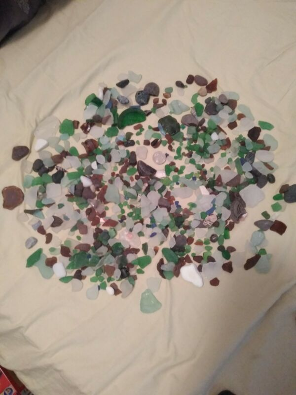 HUGE LOT (1quart bags) of LAKE ERIE HAND PICKED NATURAL BEACH GLASS.