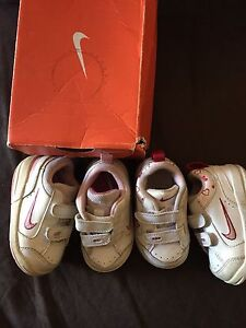 2 x pairs of genuine Nike shoes Armadale Armadale Area Preview