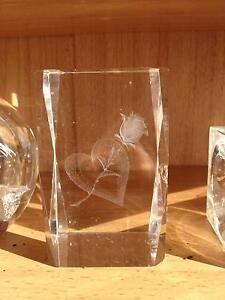 3X Glass Paper Weights/Ornaments Huntly Bendigo Surrounds Preview