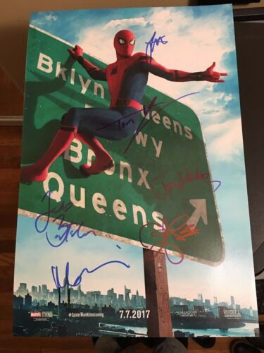 SPIDERMAN HOMECOMING CAST SIGNED 12X18 PHOTO TOM HOLLAND MARISA TOMEI AUTOGRAPH3