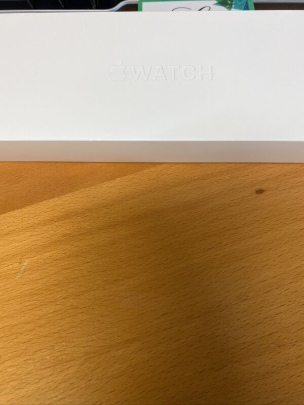 100% Auth Apple Watch Series 6 44mm Space Grey Empty Box