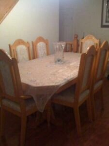 Hutch and Dinning Room for Sale