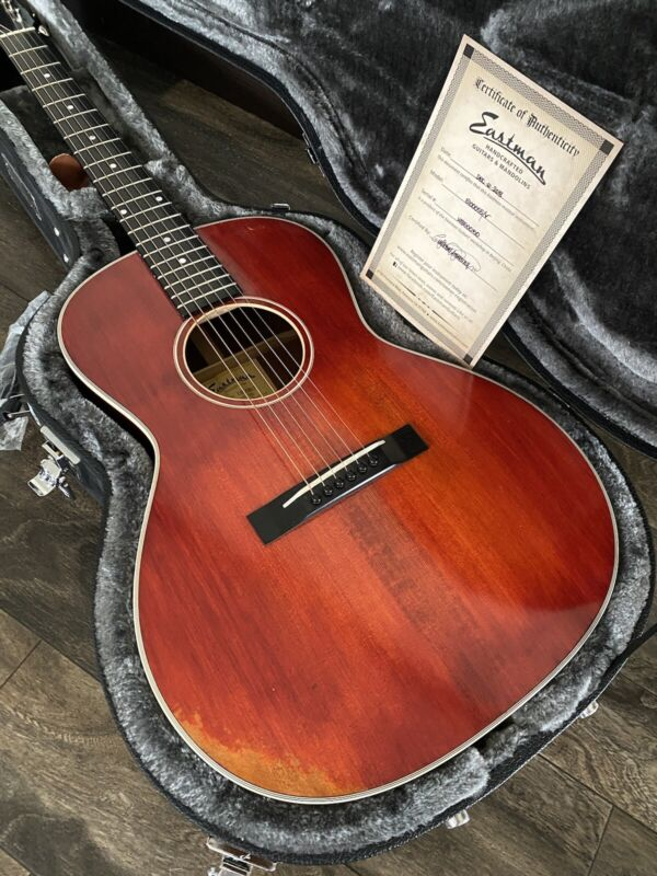 Eastman E10OOSS/v Acoustic Guitar All Solid Antique Varnish Aged Finish & Case