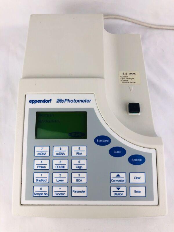 Eppendorf BioPhotometer 6131 Spectrophotometer V1.35 Bio PhotoMeter 8.5 mm