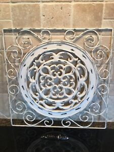 """Wall decoration plaque metal outer and centre plate 15"""" x 15"""""""