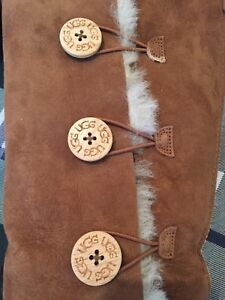 Gorgeous Women's Ugg Boots - Size 10 Mint Condition !