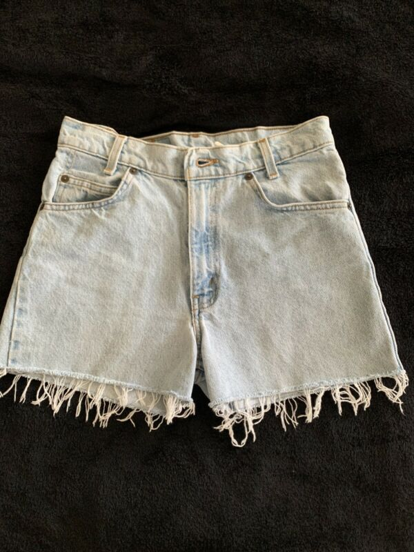VTG 70s LEVIS ORANGE TAB BOOTY SHORTS SIZE 28