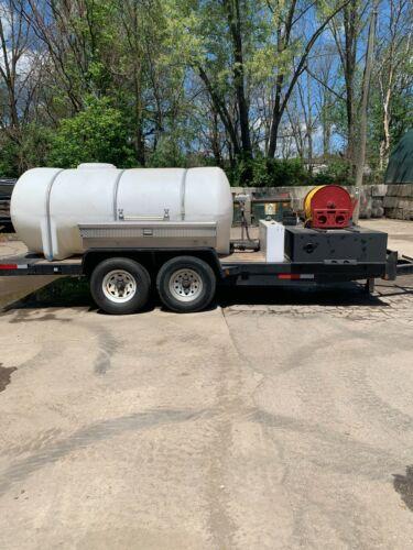 1335 Gallon Poly Plastic Water  Elliptical Leg Tank