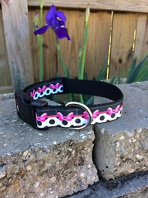Bow Print Dog Collar, Black and Pink](Pink And Black Bow)