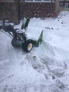 John Deere TRS 32 Snowblower (newer engine)