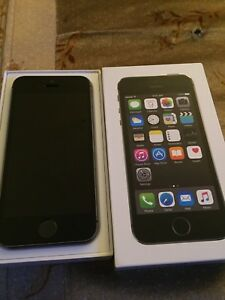Space Grey iPhone 5s 16gb (Bell/Virgin)