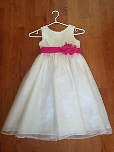 Size 8 Flower Girl Dress