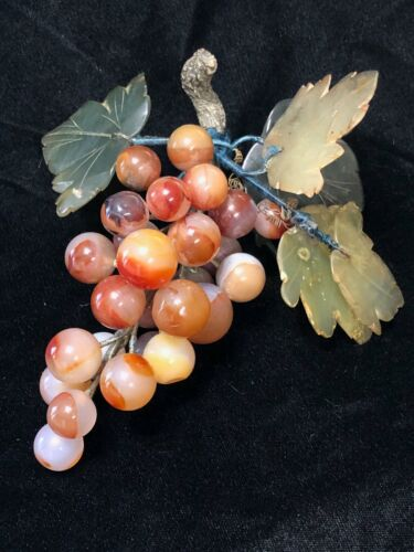 Vintage Stone Carnelian Grape Cluster 25 Round Grapes 5 Carved Leaves
