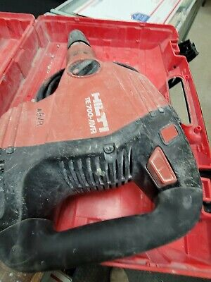 Hilti Te 700 Avr Breaker Hammer Preowned Free Shipping 3 Chisels.w Case