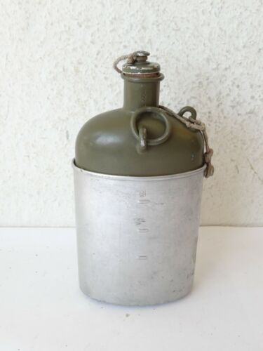 Vintage MZ40 1940 Swiss Army Military Canteen Water Bottle W/Cup Surplus green
