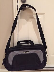 Ogio computer laptop messenger bag - brand new