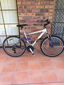 "Men's 28"" mountain bike Sunnybank Hills Brisbane South West Preview"