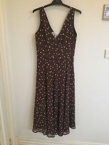 Dress Williamstown Hobsons Bay Area Preview