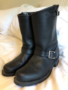 FRYE BOOTS w 8 GREAT Condition