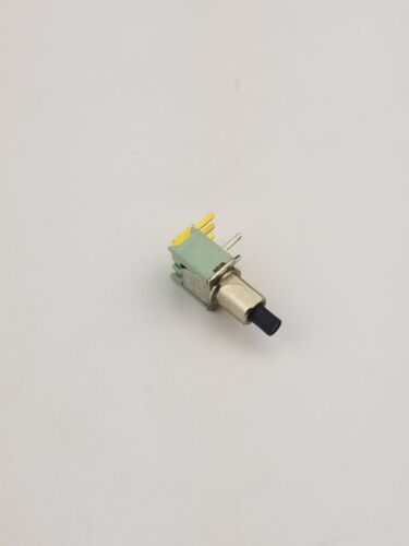 New Alco TPB11CGPC0 ON-(ON) Momentary Right Angle Push Button Switch .4VA 20VDC