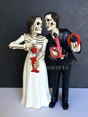 New Wedding Cake Topper-Groom Bride Halloween Skeleton Statue Love Never Dies